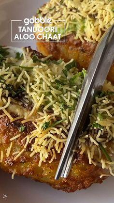 Healthy Potato Recipes, Aloo Recipes, Paratha Recipes, Spicy Recipes, Curry Recipes, Cooking Recipes, Indian Appetizers, Appetizer Recipes, Vegetarian Snacks