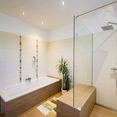 WimbergerHaus des Monats September 2019 Monat, Corner Bathtub, Bad, September, Bathroom, Homes, Ideas, Washroom, Full Bath