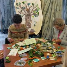 Come along to the Bristol Central library and join the Bristol Embroiderers'  Guild in their celebration of National Stitch Day. We will be there until 4 this afternoon.  #nationalstitchday