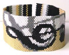 Annotations Peyote beadweaving bracelet pattern. $7.00, via Etsy.