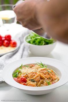 Spagetti z krewetkami / Prawn spaghetti recipe Prawn Spaghetti, Spaghetti Recipes, Japchae, Thai Red Curry, Fish, Snacks, Dinner, Ethnic Recipes, Swim