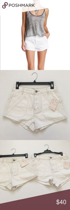 Free people white sweet surrender jean short Brand new with tags. Available in Size 25 &26.because it's white, please wash it before ware it. 😉😉😉(bundle save more)【🌺🌺purchase any of my listings more than $150, I will give you a Chanel VIP gift(shows in other listing)🌺🌺】 Free People Shorts Jean Shorts