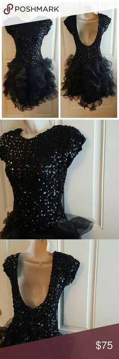 """Vintage DAVE & JOHNNY Sequined DRESS Sequined bodice. Tiered ruffle tulle skirt. Fully lined. Low, exposed back. Invisible back zipper. Above knee. Drop waist. Padded shoulder (could be cut out).  Formal, party, homecoming, prom, wedding!  Bust 14"""" - Length 35"""" 100% polyester  Tag Size reads 3/4, fits more like a 2.  Great Pre-Loved Vintage Condition! Dave & Johnny Dresses"""