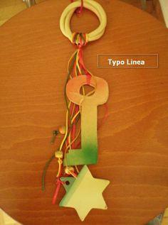 Με παλ χρώματα στο χέρι φτιαγμένο όλο, μια ωραία δημιουργία με κορδέλες, κορδόνια και κεραμικά στοιχεία.