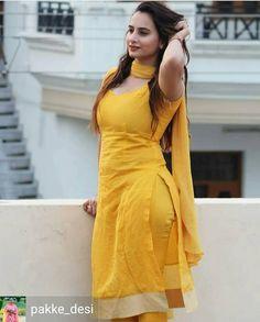 Girl Next Door Fashion. Beautiful Women Over 40, Beautiful Girl Indian, Most Beautiful Indian Actress, Beautiful Actresses, Punjabi Girls, Punjabi Dress, Pakistani Girl, Punjabi Suits, Indian Girls Images