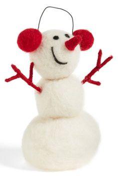 cute little snowman  http://rstyle.me/n/rwb7epdpe