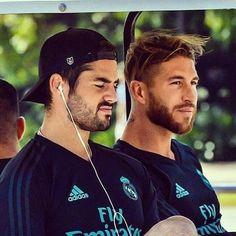 Isco Alarcon and Sergio Ramos❤️
