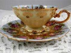 "SIGNED FRAGONARD HANDPAINTED WESTERN GERMANY TEA CUP AND SAUCER,""LOVE STORY"""
