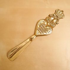 Solid brass shoehorn for  the wedding of Prince by UKAmobile