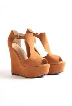 love these wedges for summer! i'll definitely be on the lookout for these
