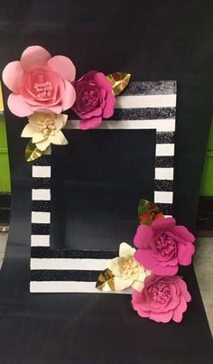This beautiful Kate Spade inspired photo Frame can be used for Birthdays, Bridal showers, baby showers and much more! Photo Frame can be held vertical. Kate Spade Party, Kate Spade Bridal, Gold Birthday Party, 40th Birthday Parties, Girl Birthday, Birthday Ideas, Wedding Budget List, Birthday Decorations, Wedding Decorations