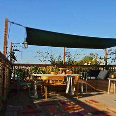 Pergola For Small Patio Rooftop Garden, Rooftop Terrace, Rooftop Lounge, Rooftop Design, Roof Terrace Design, Pergola Attached To House, Porches, Diy Pergola, Pergola Kits
