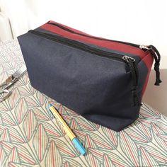 Trousse Zip-zip bicolore cousue par Claire - PAtron Sacôtin