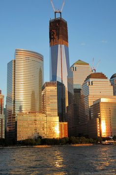 The New WTC 1 tower under construction