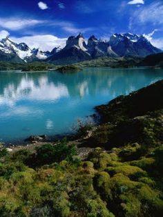 la vida : ♥Sentir solo Sentir♥ Patagonia, Torres Del Paine National Park, Cities, Nature Prints, Find Art, Framed Artwork, Mountains, Gallery, Poster
