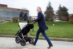 Julia verrät uns ihren Lieblingsort in Linz... Baby Strollers, Children, Linz, Places, Baby Prams, Young Children, Boys, Kids, Prams
