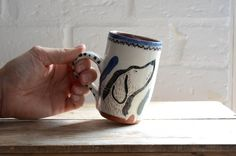 New Free pottery wheel illustration Ideas Black Dog Mug – A studio pottery wheel thrown hand-illustrated dog mug Pottery Wheel, Pottery Art, Pottery Studio, Mugs Sharpie, Mug Diy, Mug Design, The Potter's Wheel, Sgraffito, Hand Illustration