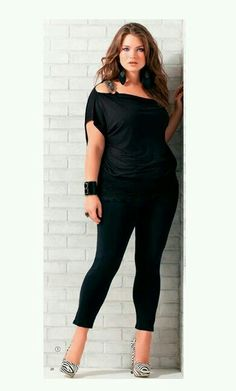 Curvy in black!