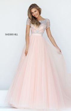 Sherri Hill dresses are designer gowns for television and film stars. Find out why her prom dresses and couture dresses are the choice of young Hollywood. Grad Dresses Long, Sherri Hill Prom Dresses, Prom Dresses 2017, Modest Dresses, Dance Dresses, Pretty Dresses, Beautiful Dresses, Dress Prom, Sleeved Prom Dress