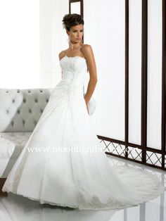 Moonlight Couture Bridal - H1105