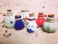 """Spa & Lavanda Jardineria Minte on Instagram: """"💕 difusores colgantes 🌾 Tú eliges qué aceite esencial prefieres lavanda 💜, menta 💚 y eucalipto 💙 . . #aceitesesenciales #aceitesnaturales…"""""""