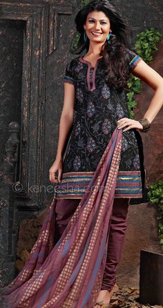 High Fashion Embroidered Kurta Set Price: Usa Dollar $63, British UK Pound £37, Euro46, Canada CA$68 , Indian Rs3402.