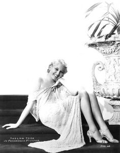 """Thelma Todd publicity photo for """"Horse Feathers"""" Hooray For Hollywood, Golden Age Of Hollywood, Vintage Hollywood, Hollywood Stars, Classic Hollywood, Glenda Farrell, Thelma Todd, Alice Faye"""