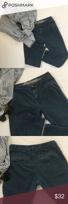 Madewell Pleated Ankle Crops, 25 Perfect for spring and summer!  These Ankle Crops have a vintage laid back vibe.  They pair perfectly with a cropped tee and sandals!!  Medium wash.  Excellent condition! Madewell Jeans Ankle & Cropped