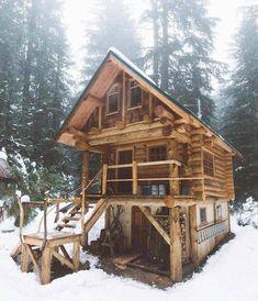 033 Small Log Cabin Homes Ideas Small Log Cabin, Tiny Cabins, Little Cabin, Tiny House Cabin, Log Cabin Homes, Cabins And Cottages, Little Houses, Log Cabins, Cabin Tent