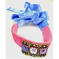#PrettyInPink Peppermutt Patty Lavender Tie Collar $49.95 Head for the runway in this couture collar and celebrate Breast Cancer Awareness this month or everyday. Imagine it with pink #SoftPaws! Use discount code: superhappypets for 10% off at checkout at www.superhappypets.com today! #SuperHappyPets