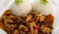 Tip na ľahký a chutný obed. Kuracie mäsko na čínsky spôsob podávané s ryžou Caramel Recipes, Beef Recipes, Chicken Recipes, Cooking Recipes, Czech Recipes, Ethnic Recipes, Good Food, Yummy Food, Easy Casserole Recipes