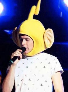 How can you NOT repin this ?>>>> Teletubbies scary me but I love him