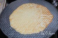 Vafe din copilarie - LaLena.ro Dairy, Ethnic Recipes, Food, Essen, Yemek, Eten, Meals