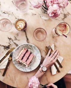 """377 Likes, 16 Comments - BILYANA SLAVEYKOVA (@bibons) on Instagram: """"Розово, мрамор и висящи растения. @palmvaults е любимо място, което напоследък стана още по-любимо.…"""""""