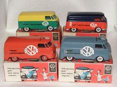 ensemble de Tekno VW fourgons aux couleurs VW Viser Varevogne