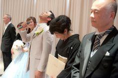 上を向かないと涙がこぼれちゃう。とっても嬉しい瞬間。 ウェディングフォト ブライダルフォト Paseo Bridal http://www.onuki.tv/bridal