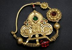 Nath antique nose ring gold 22k stones and glass beads, from Rajasthan