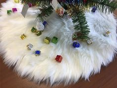 S-SSOY 122cm/48 Luxury Plush Christmas Tree Skirt Holiday Tree Ornaments for Merry Xmas Party Holiday Decoration Off White * Details can be found by clicking on the image. (This is an affiliate link) Holiday Tree, Holiday Gifts, Christmas Tree, Holiday Decor, White Tree Skirt, Xmas Tree Skirts, Slim Tree, Xmas Party, Merry Xmas