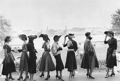Gerti Deutsch Classy Women, Classy Lady, Love Hat, Female Photographers, Bridesmaid Dresses, Wedding Dresses, Elegant Woman, Put On, Well Dressed