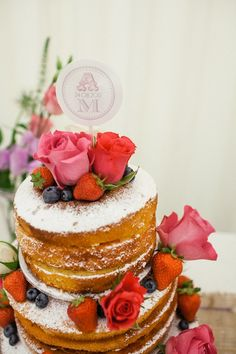 rustic wedding cake, image by Emma Case Photography I really kinda like the unfinished look of this cake.