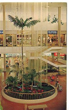Topanga Plaza Rain Fountain - late 60s