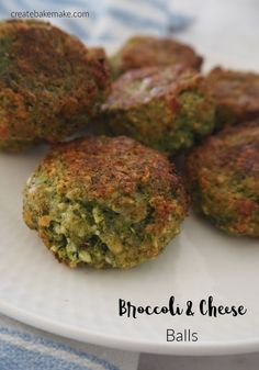 Easy Oven Baked Broccoli and Cheese Balls Recipe. A yummy snack or easy meal for the family. Both regular and thermomix instructions included. Nuggets Recipe, Cheese Ball Recipes, Broccoli And Cheese, Spinach Dip, Appetisers, Yummy Snacks, Healthy Recipes, Baby Recipes, Ww Recipes