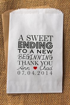 Wedding Favor Bags-Candy Buffet Bags-Wedding bags Personalized-A Sweet Ending… Wedding Ideias, Diy Wedding, Wedding Gifts, Dream Wedding, Wedding 2015, Candy Bar Wedding, Wedding Favor Bags, Cookie Table Wedding, Sweetie Table Wedding