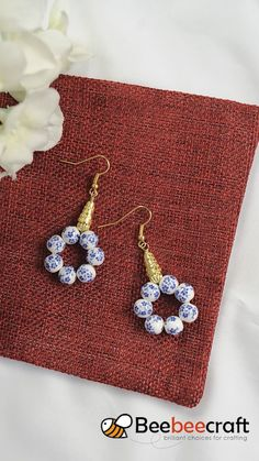 Wire Jewelry Designs, Beaded Jewelry Patterns, Jewelry Crafts, Jewelry Findings, Earring Crafts, Jewelry Trends, Jewelry Ideas, Diy Schmuck, Schmuck Design