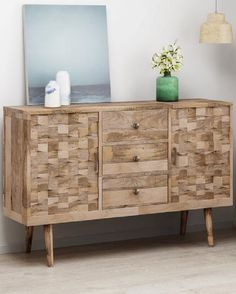 What height should a sideboard be? Sideboard Decor, Modern Sideboard, 3d Tiles, Wood Drawers, Foyer Decorating, Wood Accents, Wood Cabinets, Wood Colors, Adjustable Shelving