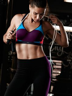 Get in shape with real bra sizes (A-DDD). | Victoria Sport