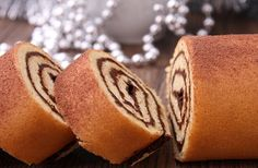 Biscuit roulé au #chocolat noir #recette #recipe Cooking Time, Cooking Recipes, Cake Recipes, Dessert Recipes, Desserts With Biscuits, Fast Good, Nutella Cake, Thermomix Desserts, Cupcakes