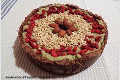 http://foodmania-przepisy.blogspot.com/2013/12/raw-tarta-z-kremem-avocado.html
