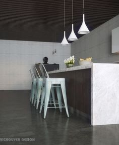 elegant-contemporary-kitchen-design-with-island-bar