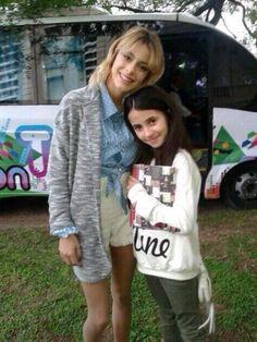Tini con una fan para Violetta3